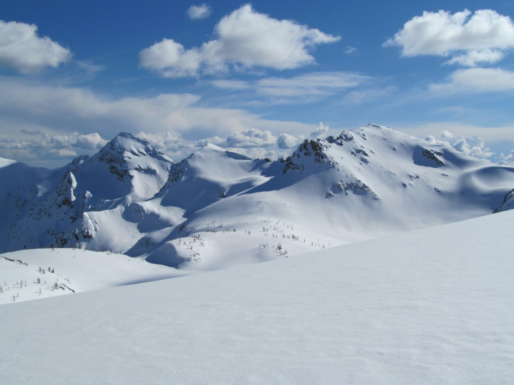 Looking south from Ice Lakes Col