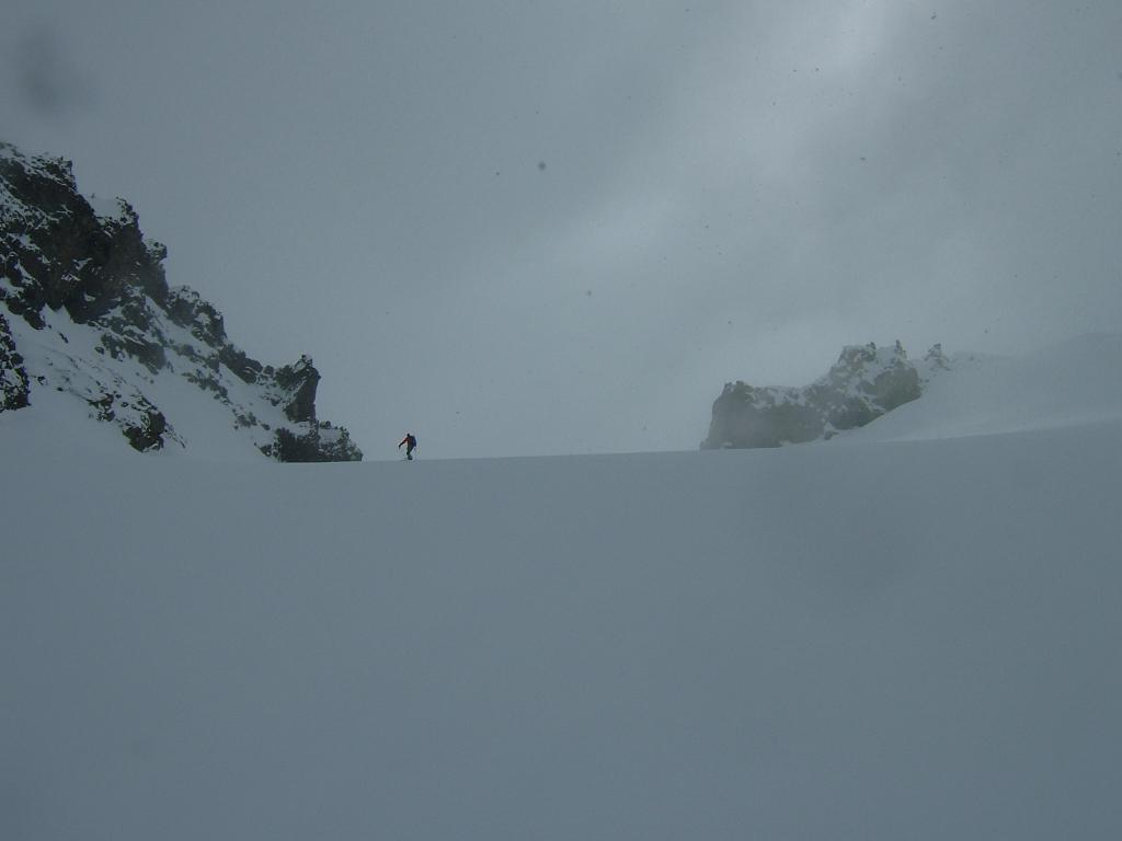 Skinning up the Sarvant Glacier